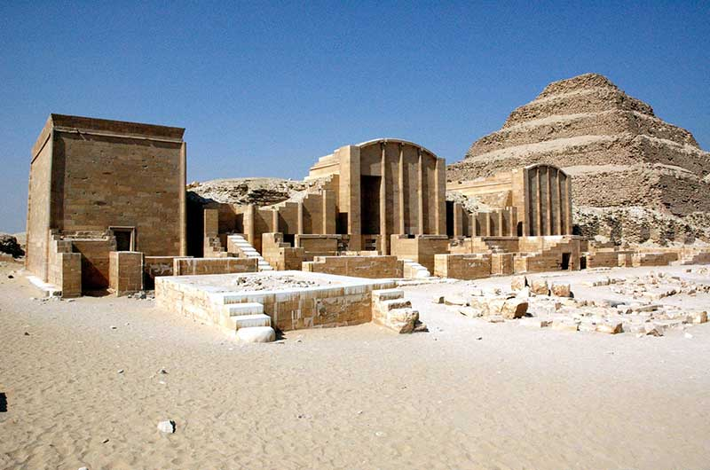 Day Tour to Giza Pyramids & Sakkara