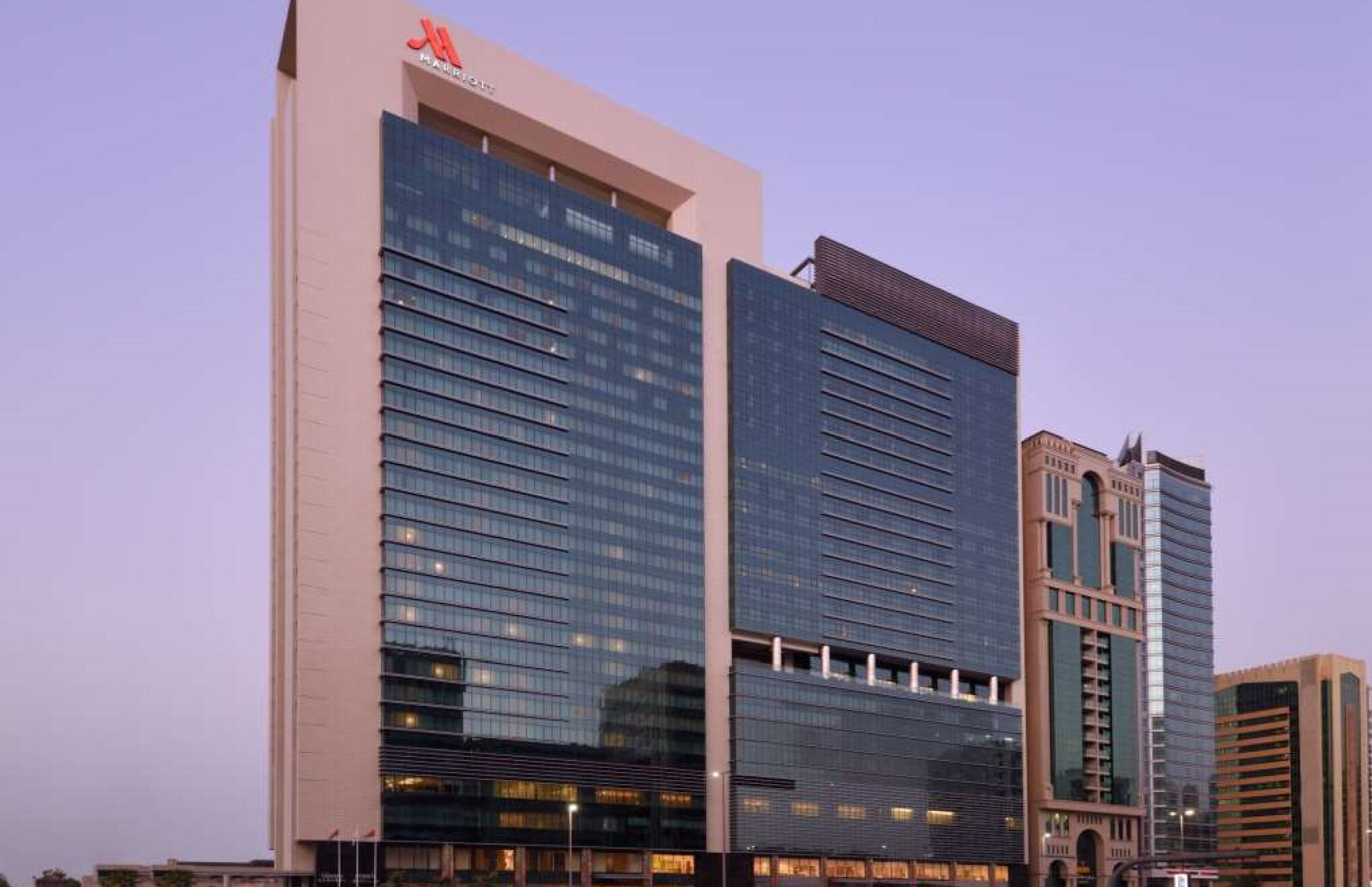 Marriott Downtown Abu Dhbai  5*