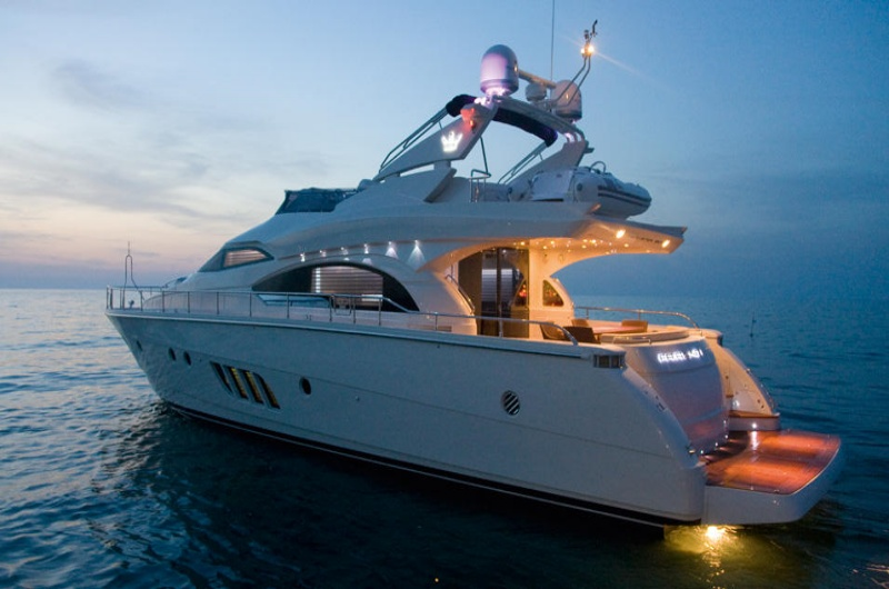 Luxury Yacht Cruising